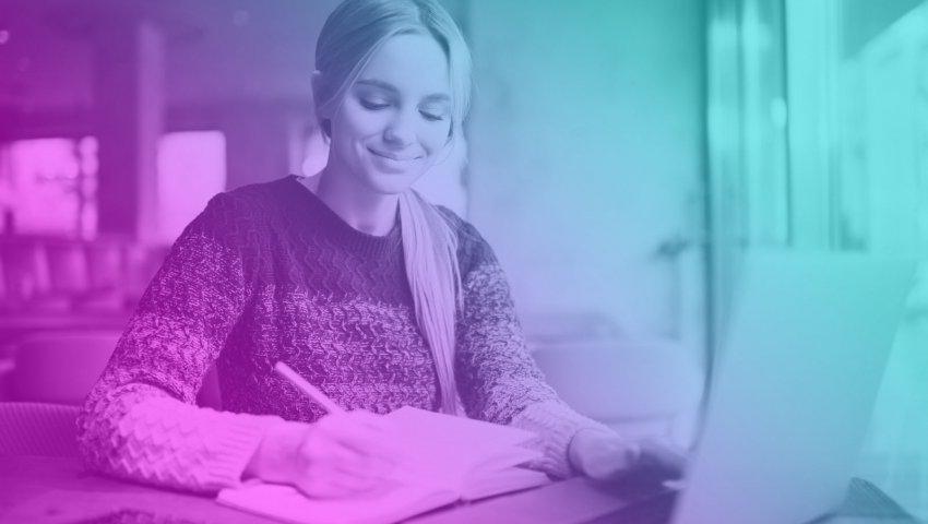 Tajemství microlearningu: Proč je lepší učit se novým věcem 15 minut denně?